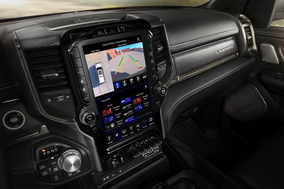 2020 Ram 1500 interior 12-inch touchscreen