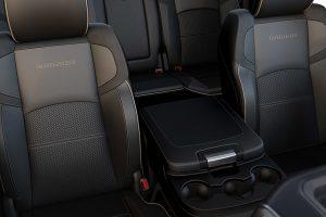 2020-ram-2500-interior-feature-front-seats-laramie_