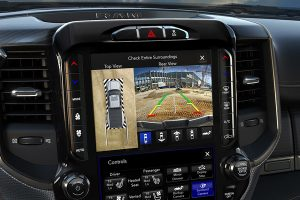 2020-ram-2500-safety-feature-screen-360-camera