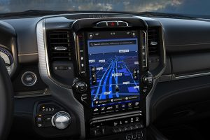 2020-ram-3500-technology-feature-12-inches-screen-gps_