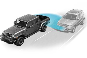 2021-jeep-gladiator-safety-feature-stay-safe-while-on-the-move