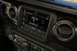 2021-jeep-wrangler-interior-tec